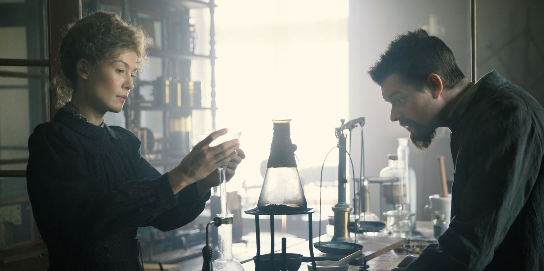 Rosamund-Pike-Radioactive-Movie