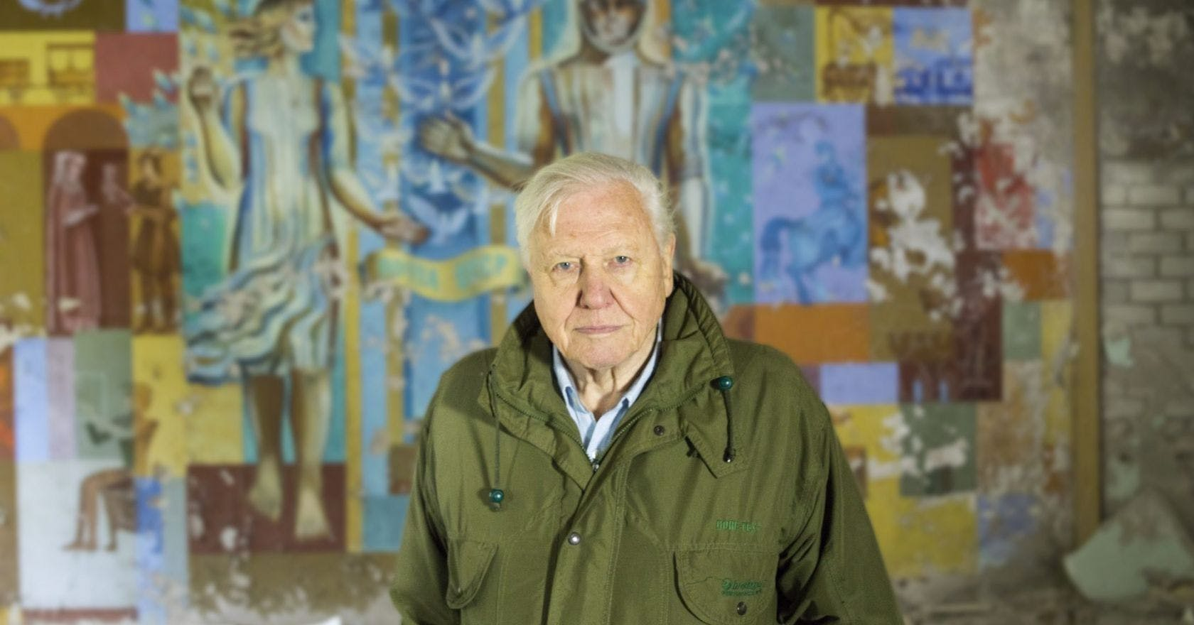 28-sir-david-attenborough-pictured-in-chernobyl-ukraine-while-filming-david-attenborough_-a-life-on-our-planet-1680x880